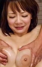 Arisa-Araki-Is-Aroused-To-The-Max-With-Vibrators-On-Oiled-Body-n6uvxpidgq.jpg