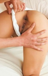 Saki Fujii with hot bum has slit rubbed with thong and screwed