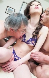 Misaki Yoshimura has much cum pouring from cunt after threesome