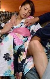 Rei Mizuna Asian gets two vibrators on cunt and sucks shlong